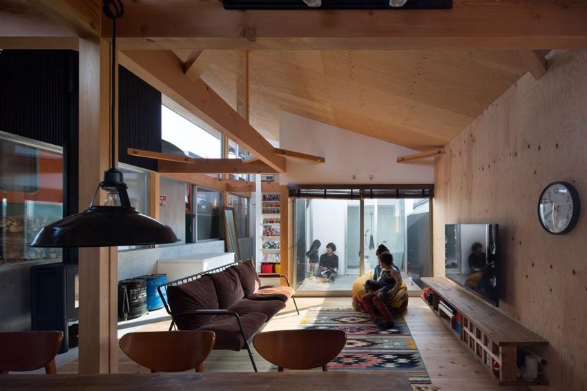 interior platform house1 f5322