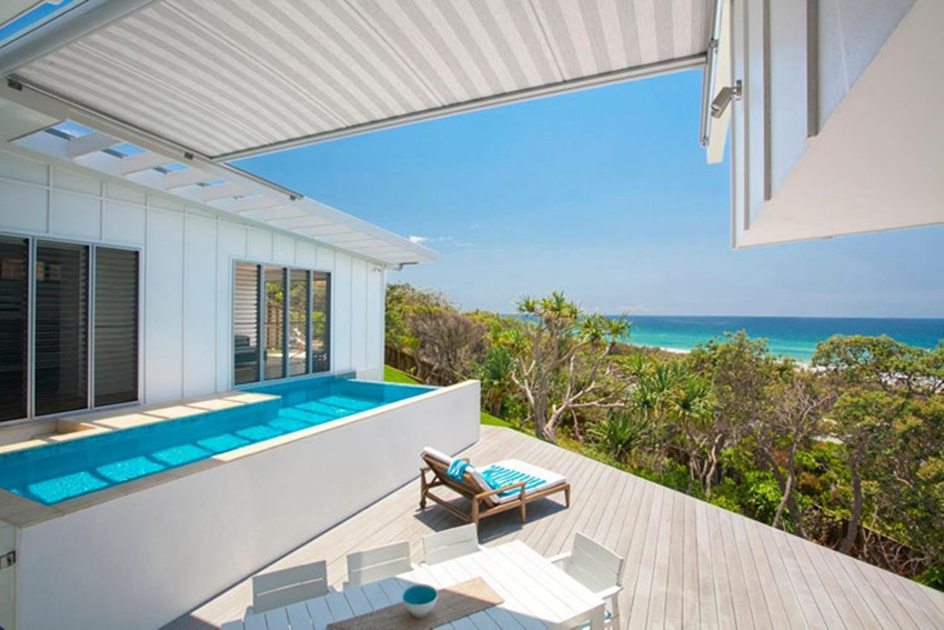 Blue Dog Beach House by Aboda Design Group 1 880d1